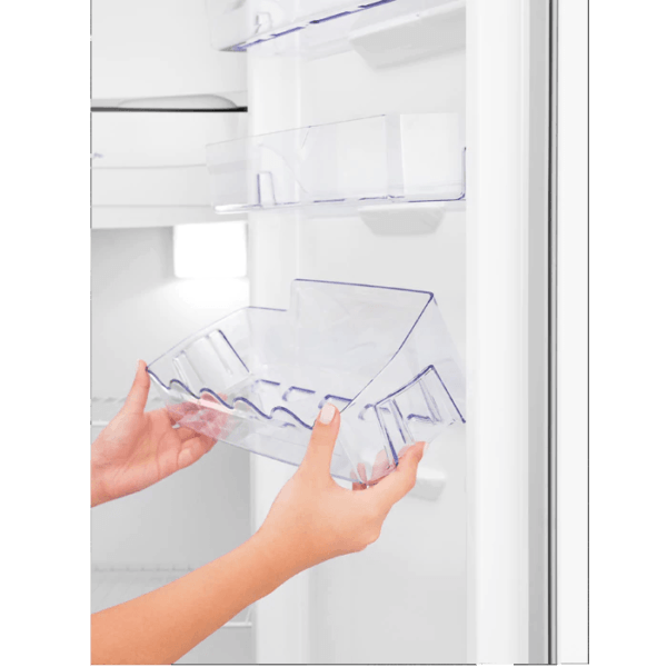 Geladeira / Refrigerador  240 litros Cycle Defrost Branco Controle de Temperatura RE31 - Electrolux 110 V 7