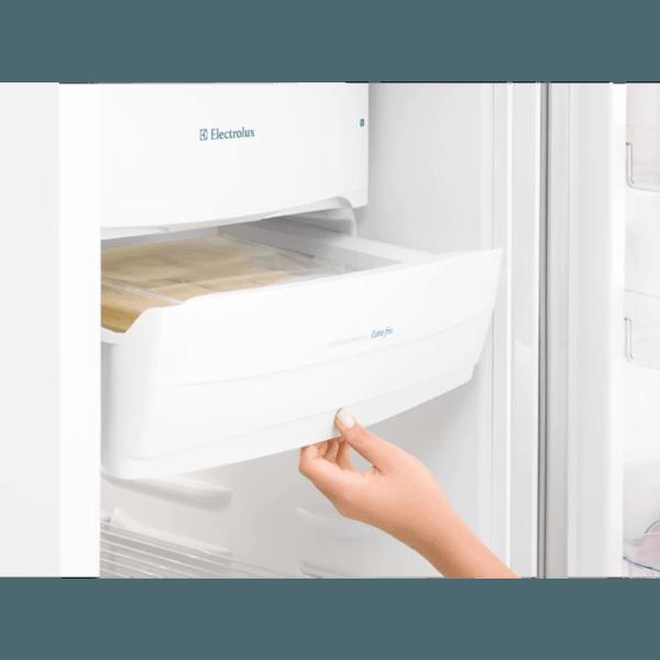 Geladeira / Refrigerador  240 litros Cycle Defrost Branco Controle de Temperatura RE31 - Electrolux 110 V 5