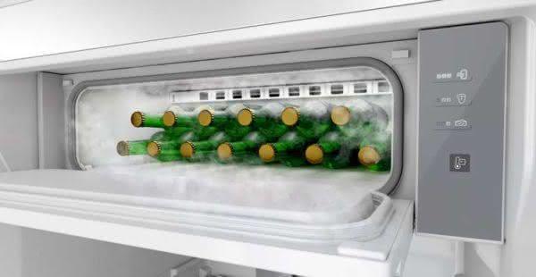 Geladeira / Refrigerador Duplex 478 litros Adega Freeze Control Frost Free Branco - BRM59ABANA - Brastemp 110 V 4