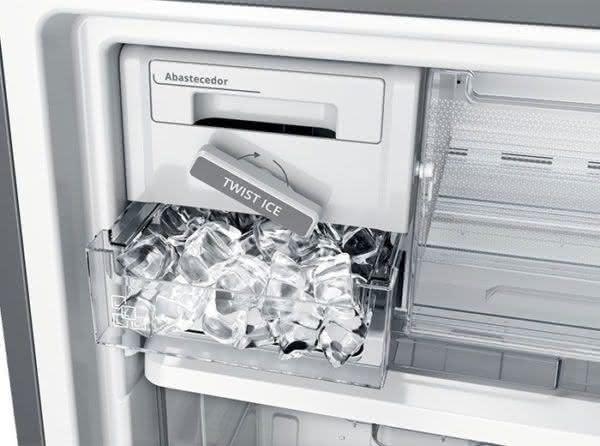 Geladeira / Refrigerador Inverse 443 litros Frost Free Inox - BRE57AKANA - Brastemp 110 V 4