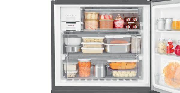 Geladeira / Refrigerador Side by Side Inverse Bottom Ice Maker 540 litros Frost Free Inox - BRO80AKBNA - Brastemp 220 V 4