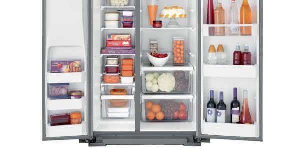 Geladeira / Refrigerador Side by Side Brastemp 560 litros com Dispenser de Água e Gelo Branco - BRS62CBANA - Brastemp 110 V 3