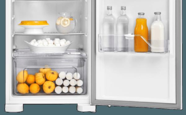 Geladeira / Refrigerador 323 litros Frost Free Branco Painel Blue Touch RFE39 - Electrolux 110 V 5