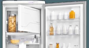 Geladeira / Refrigerador 323 litros Frost Free Branco Painel Blue Touch RFE39 - Electrolux 110 V 10